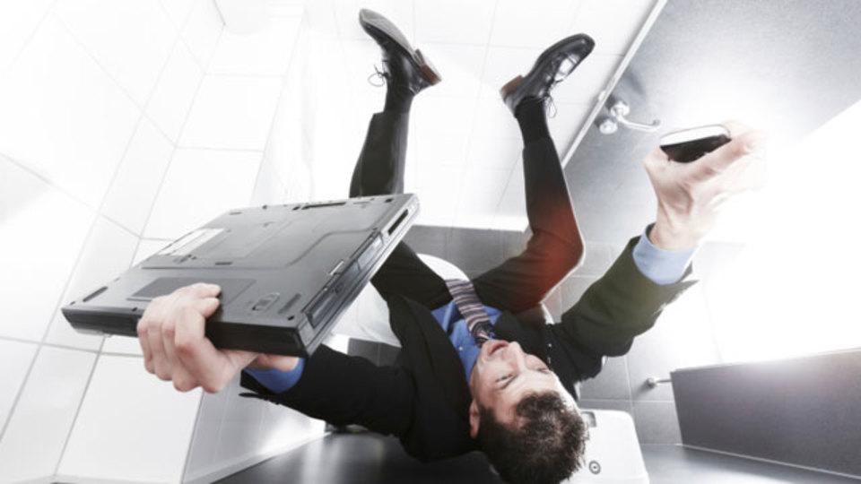 トイレ休憩のたびに筋トレをすれば、時間がなくても運動習慣をつけられる