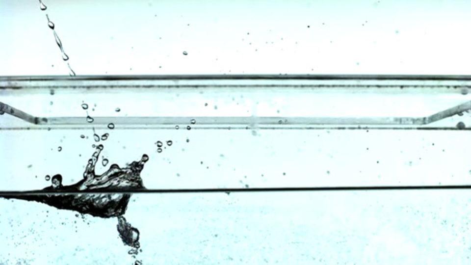小便飛散問題、科学的に解明される:便器をキレイに使うには?