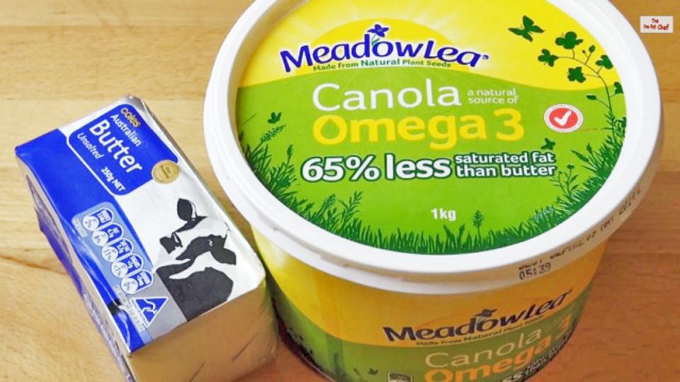 サワークリームやカッテージチーズは容器の上下を逆にして保存すると長持ちする
