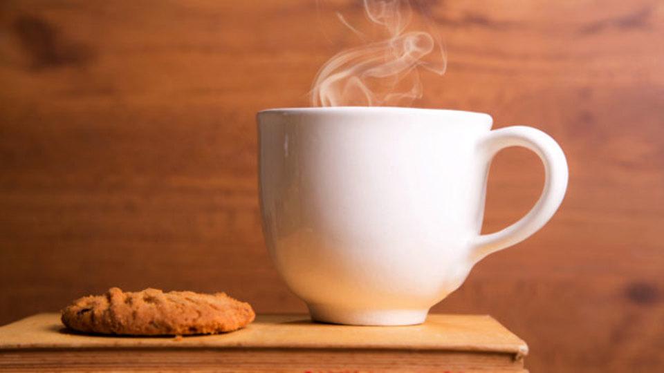 寒い朝をインスタントコーヒーで盛り上げる! ソムリエが教える大人のフレーバーコーヒー