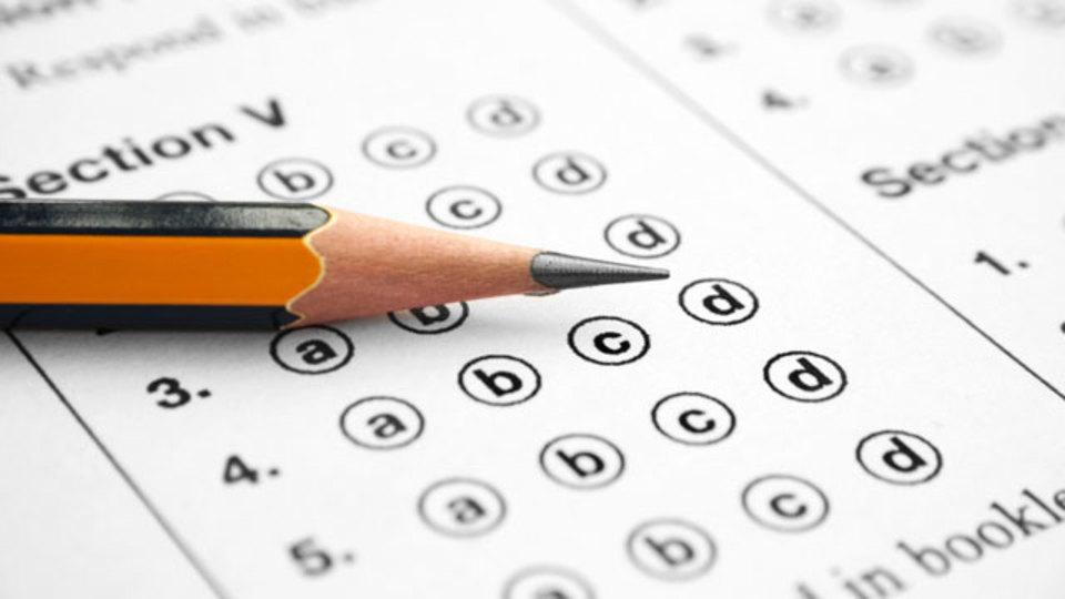選択問題式のテストは勉強の役に立たない?:意外な研究結果