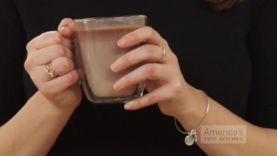 これさえあればいつでも飲める! 美味しい「ホットチョコレートの素」レシピ