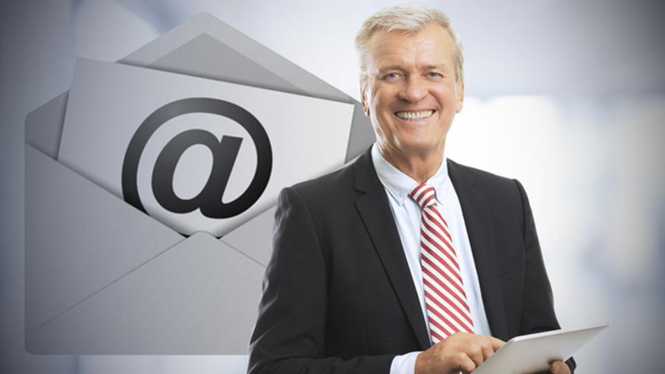 文章から余分なものを省いて簡潔に「CEOのようなメール」を書く方法