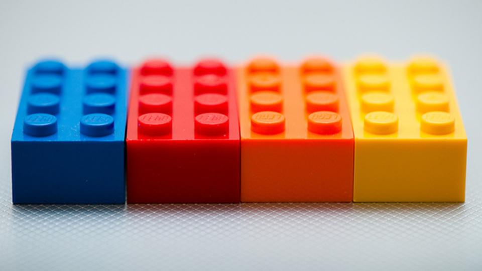 レゴブロックでスケジュールを組めば、仕事の時間配分が一目で分かる
