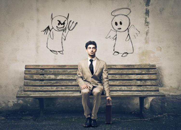 頭の中で天使と悪魔がささやく「脳内批判」の声を小さくする方法