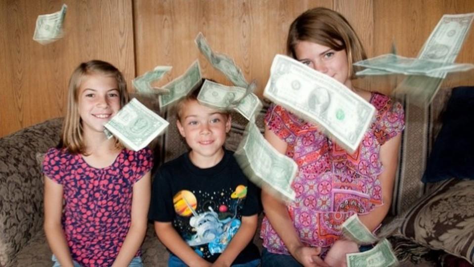 自作の「お手伝いマグネット」で、小さいうちから金銭感覚を鍛えよう