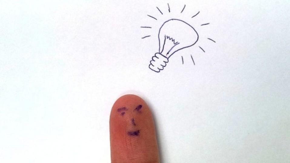 ムダ使いを防ぐルール「手に取らず一本指で触れる」