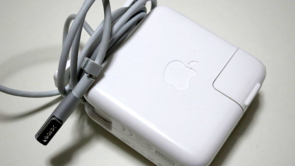 MacBookの電源アダプタを追加購入するなら、ワット数が大きいものを