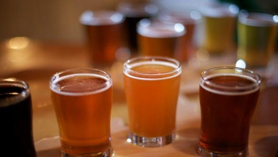 焼き肉の発ガン物質はビールに浸けると半減する:研究結果
