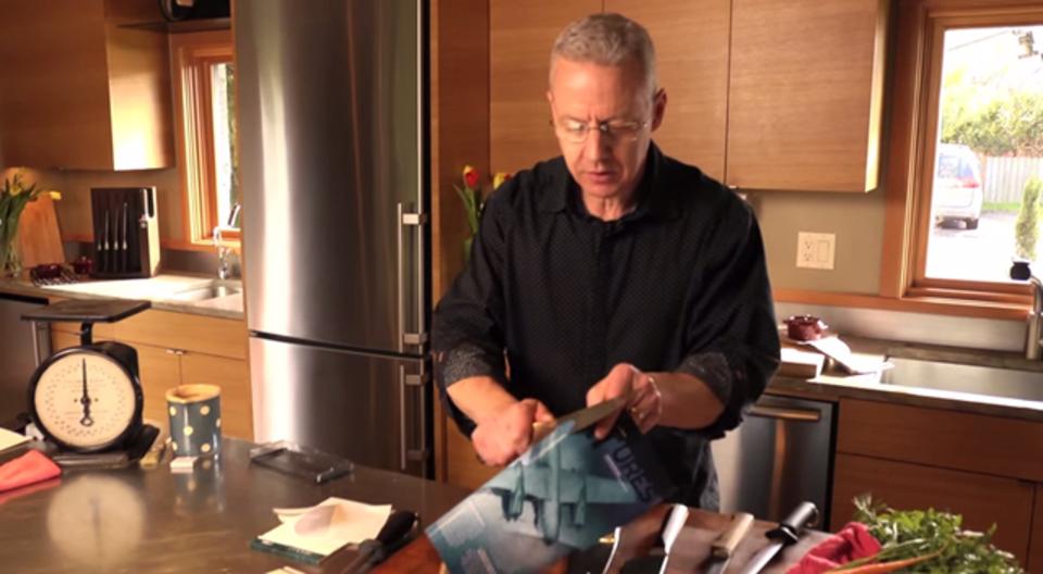 見た目ではわからない「包丁の切れ味」を簡単に確認する方法