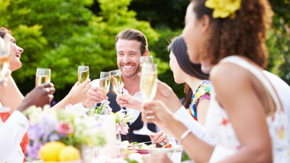ホームパーティを「家飲み」にしないためのルール