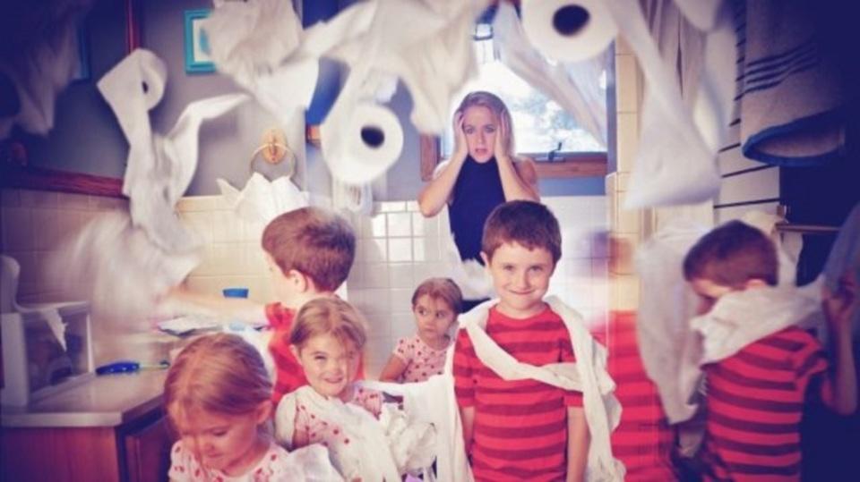 怒鳴るよりも抱きしめて。子どもの問題行動にも冷静を保つための7つの秘訣