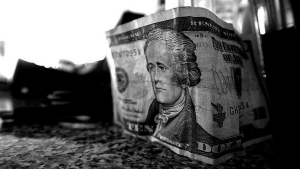 20代で貯めた1ドルが、30年後には10ドルになる