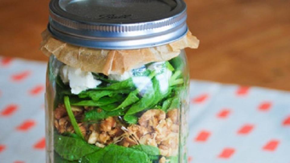 持ち運びも簡単。5日分作り置きできるサラダの保存方法