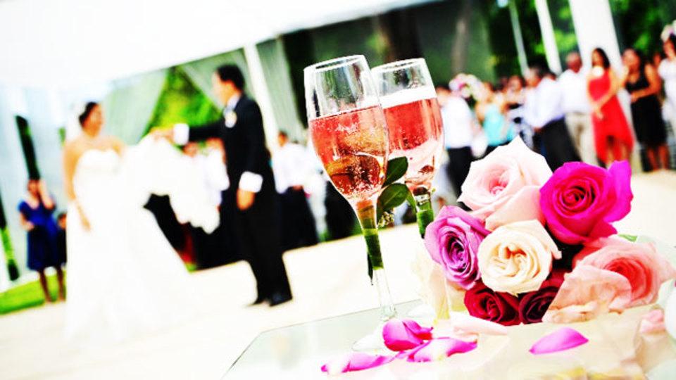 デジタルは「結婚式」をもっと幸せにする
