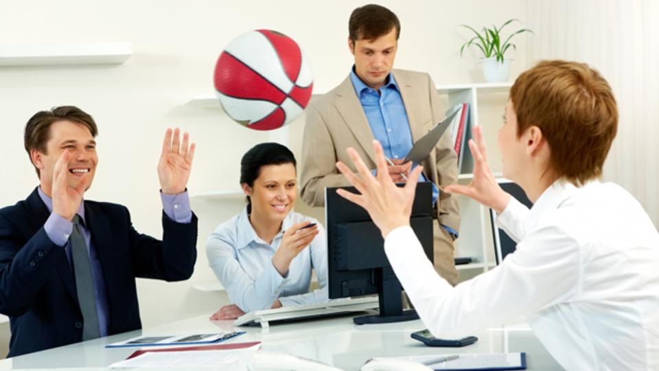 ストレスフルな職場を変える、費用対効果の大きい10の方策