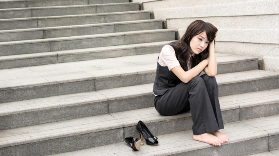 職場で起きるネガティブな思い込み:パラノイア症状とその対処法