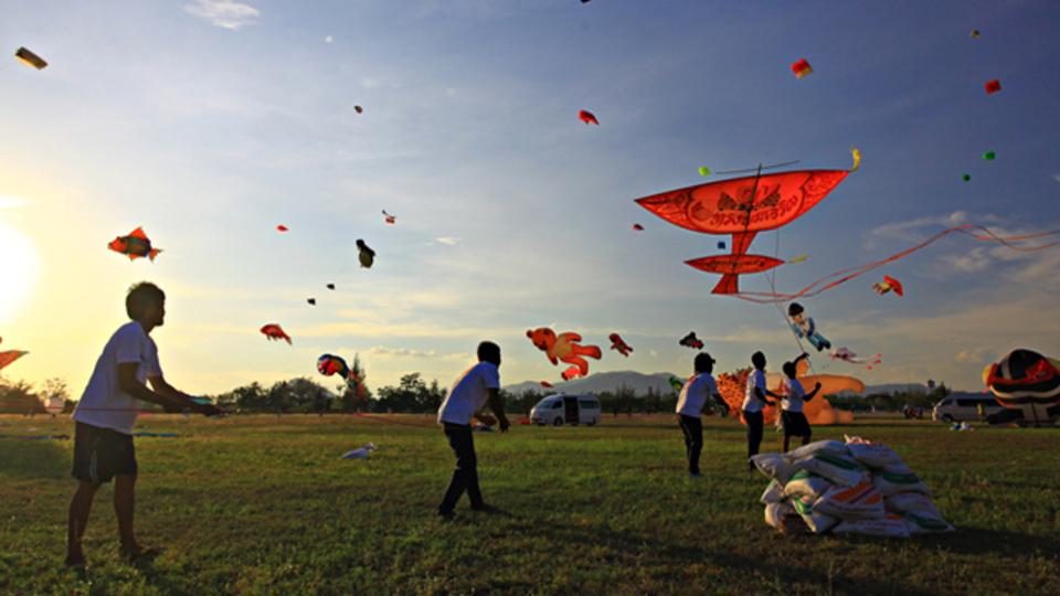アイデアをプロダクトへ繋げる最良の人間関係は「凧揚げ」のようなもの