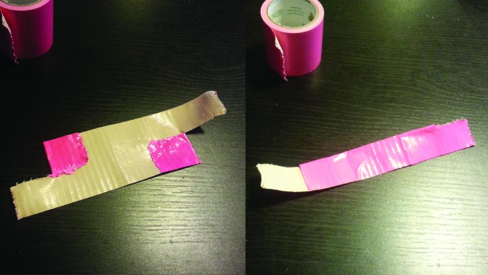 はがす時もベタベタしない。粘着テープを使って簡単にコードをまとめる裏ワザ