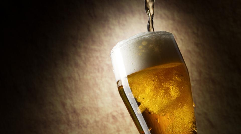 ビールのホップに含まれる成分が、脳の認知能力を向上させる(ただし若者のみ)