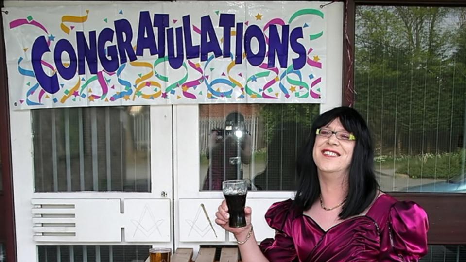 Facebookで「おめでとう」とコメントされた投稿は、友達のタイムライン上位に表示されやすくなる