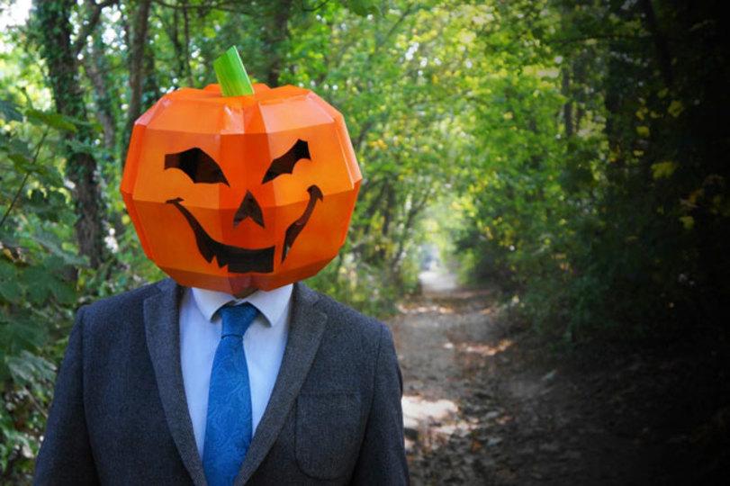 ハロウィーンの仮装に間に合う! ペーパークラフトのかぶり物&マスク