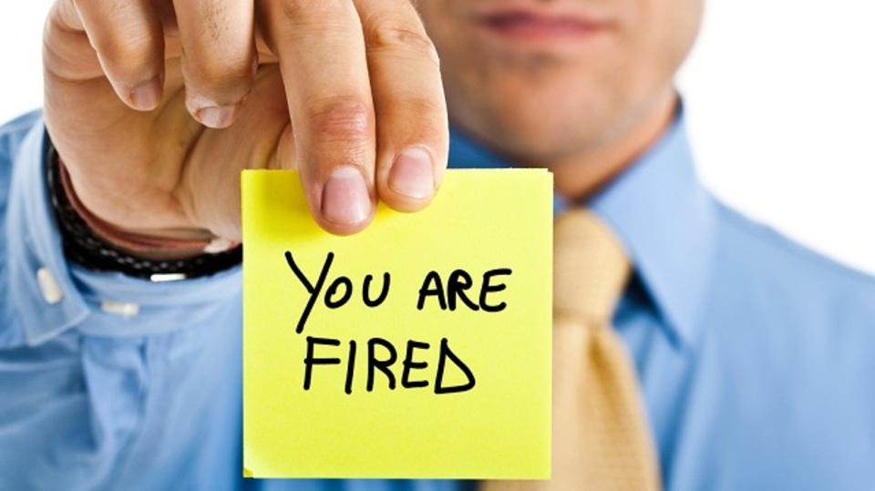 有害な社員を見つけ出し、会社を浄化するプロセス