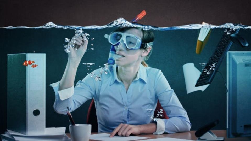 健康とエネルギーを「バケツの水」と考えれば、本当の「ストレス対処法」が見えてくる