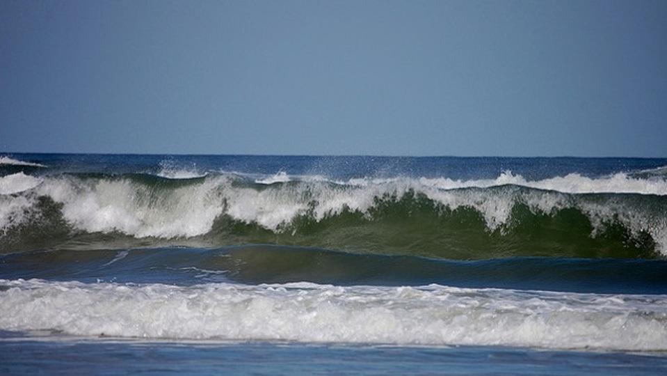 欲望に負けないためためには「波が過ぎるのを待つ」のが重要
