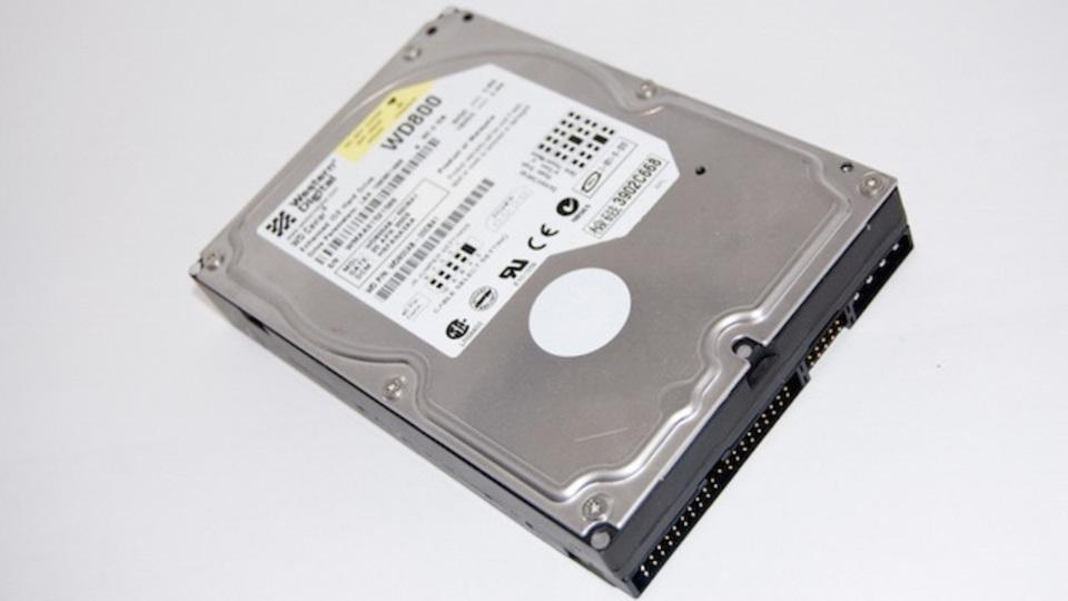 大掃除でHDDを破棄するときは「初期化の方法」に気をつけて