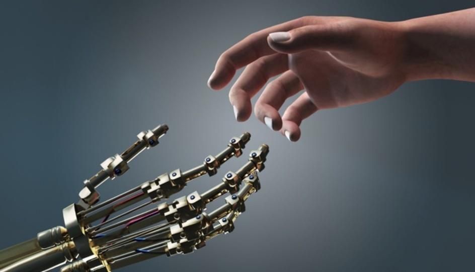 機械は人間社会を征服する?天才ロボット工学者が考えていること