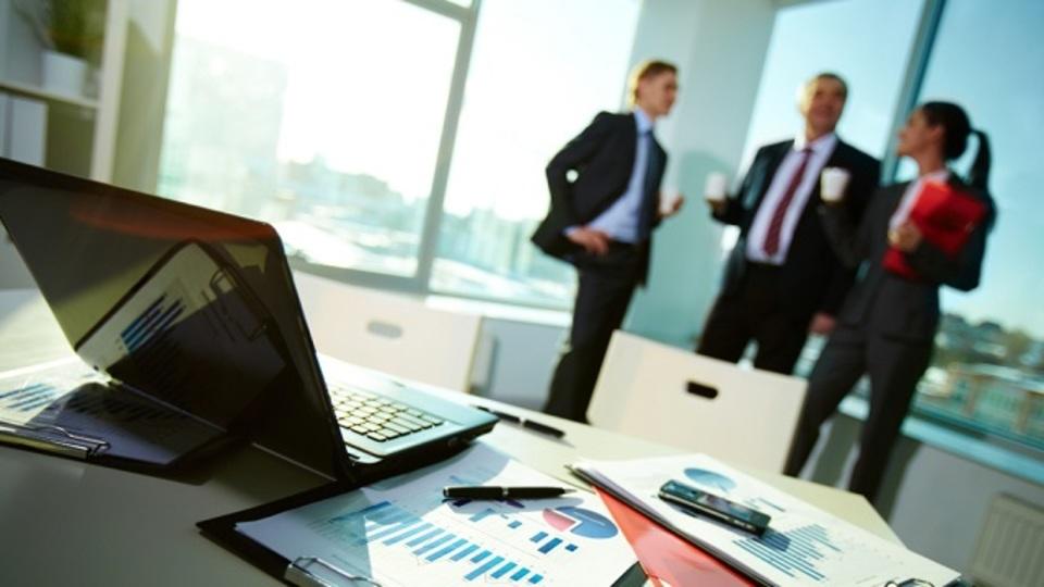 会社の士気が低下し始めたときにやるべき対処法