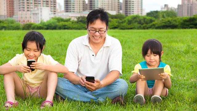 150129dmm_mobile_6.jpg