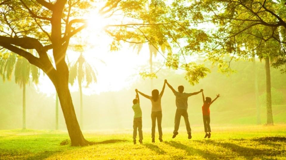 幸せについての学問「ポジティブ心理学」に学ぶ、幸福感を増やす5つのヒント