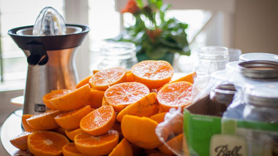 フルーツジュースが身体に良いのは本当か? 最新の研究で明らかになった思わぬ落とし穴