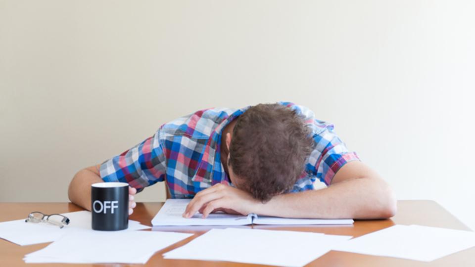 睡眠不足は健康もキャリアもだめにする