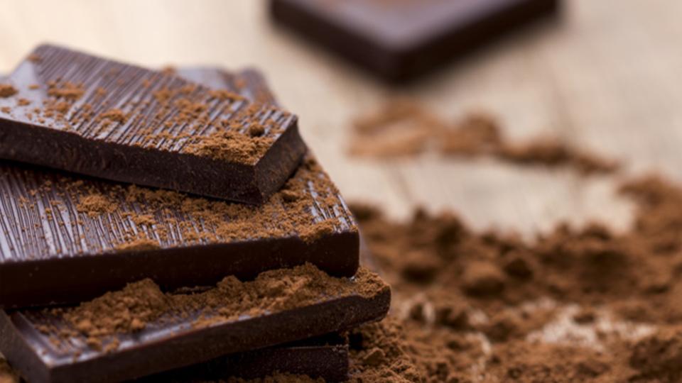 チョコレートを食べると記憶力がアップする:研究結果