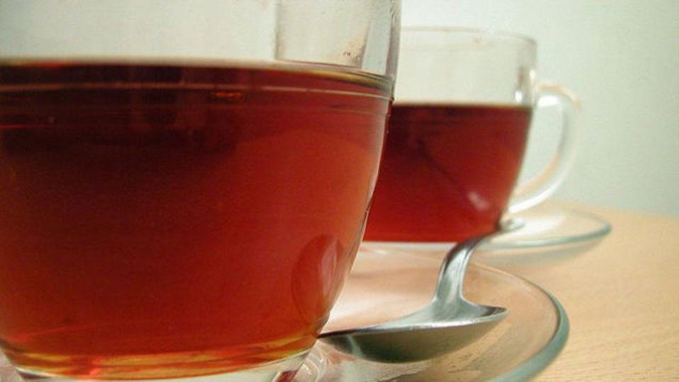 カフェインを少なく摂取するなら、お茶の抽出時間は長めに