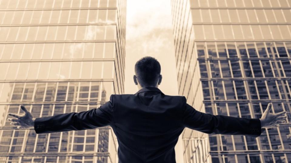 イーロン・マスクはただの例外。連続起業家は同じ業界に留まるほうが有利
