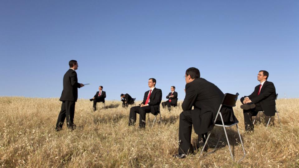 IDEOの共同創立者が語る理想的なオフサイトミーティング
