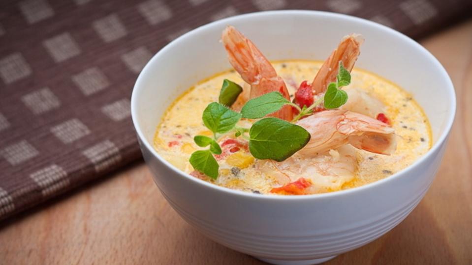 食べる直前に入れると美味しくなるスープの材料