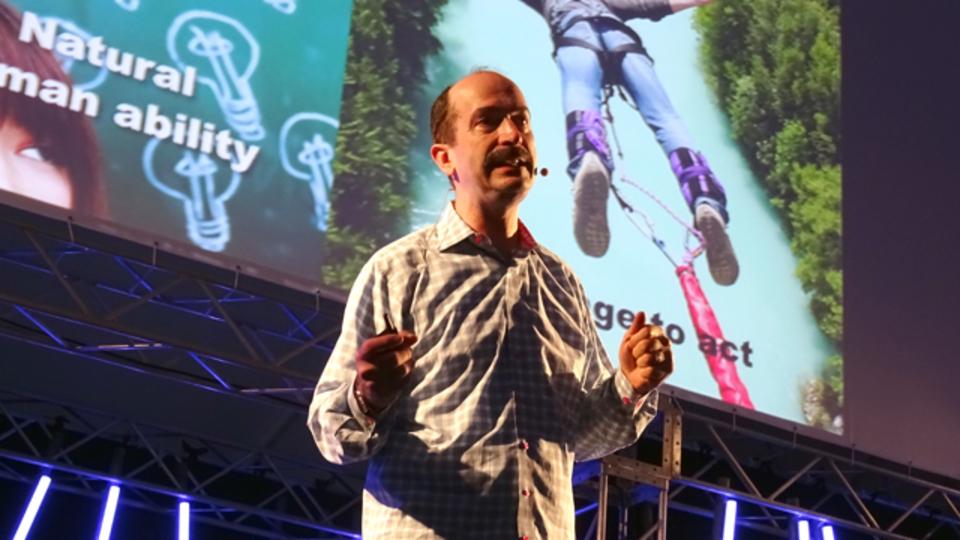 IDEOのトム・ケリーが語る創造的に生きるための3つの秘訣 #SlushAsia