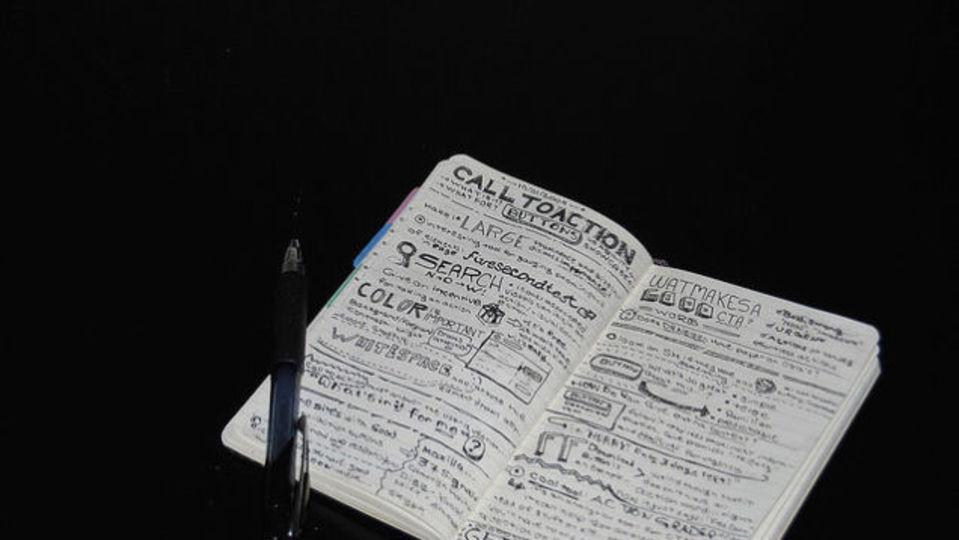 ダーウィンのメモ帳に見る、ひらめきを育てる習慣