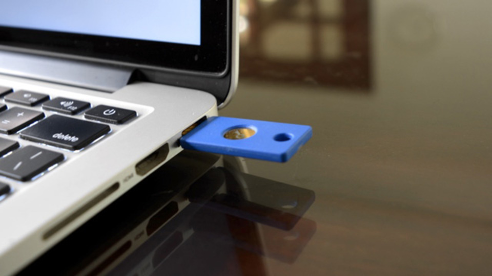 2段階認証アカウントへのログインを簡素化する:USBセキュリティキーでGoogleアカウントを保護