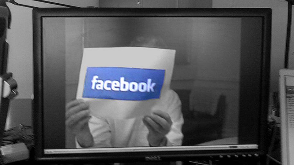 中小企業の未来がここに? Facebook動画の宣伝効果をザッカーバーグ&サンドバーグが語る