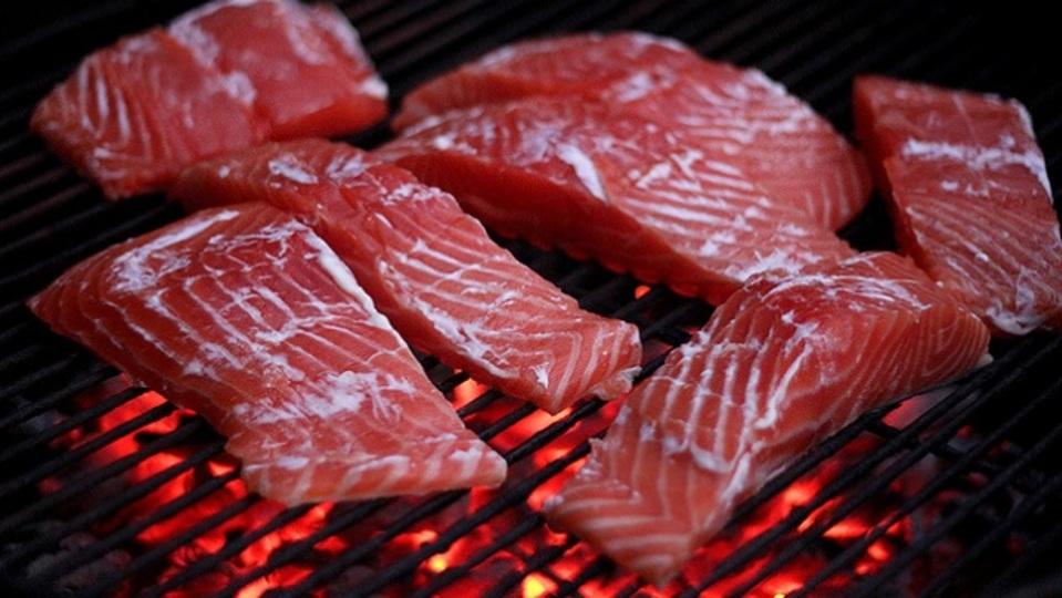 魚を上手に焼く秘訣はマヨネーズ