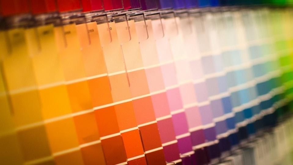 色の記憶に関して脳があてにならない理由