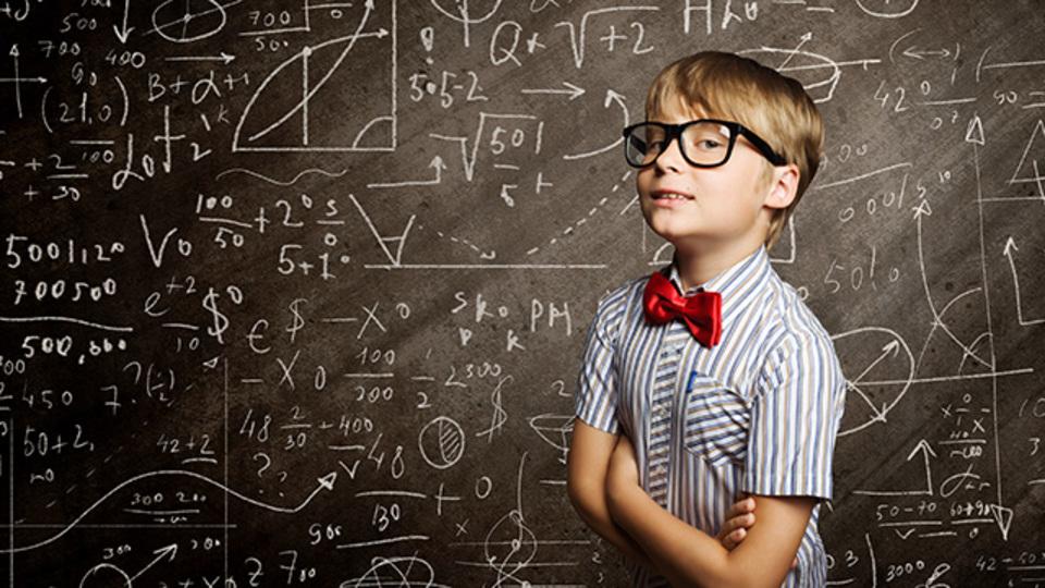 思考を偏重、美学は軽視...頭の良い人がしてしまう「7つの愚かな間違い」