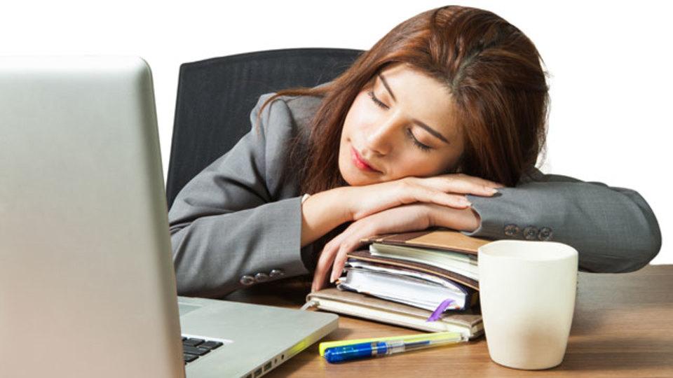 眠くてうとうとしているとき脳内は格闘している