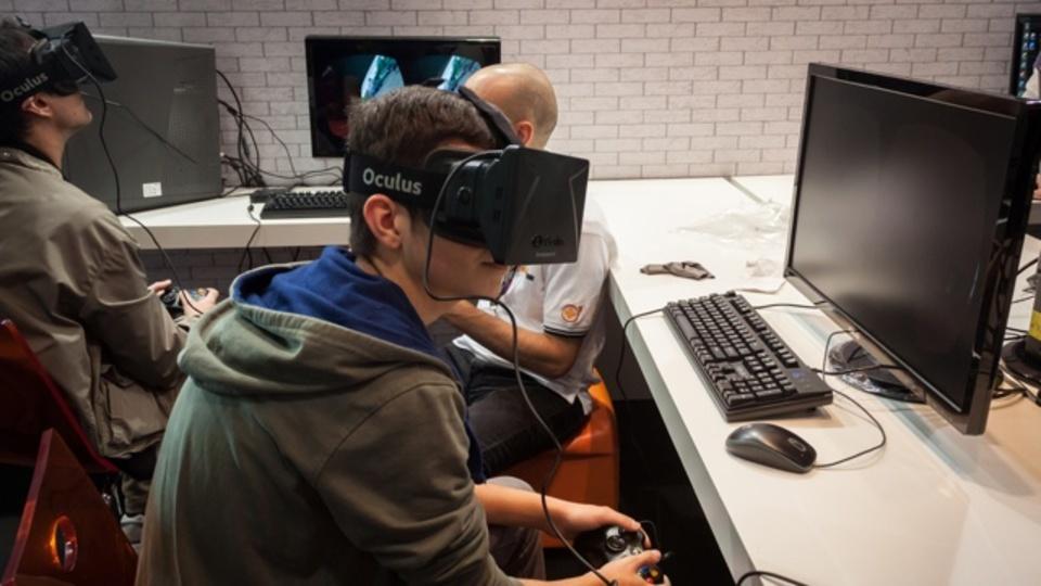 マーク・ザッカーバーグ、仮想現実の次に来るのは「テレパシー」